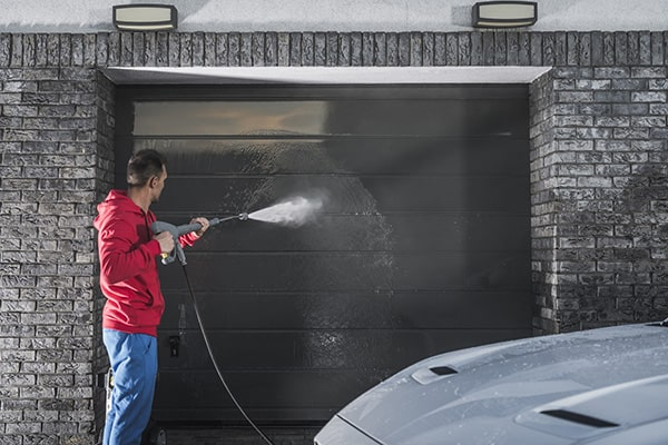 How To Pressure Wash Your Garage?